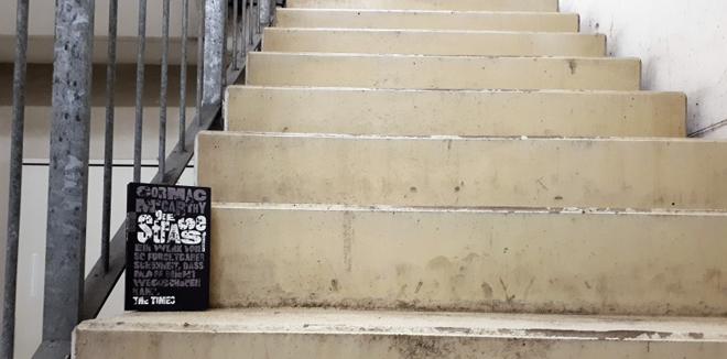 Buch Cormac McCarthy Die Strasse Treppe